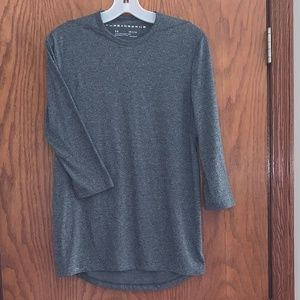 WOMAN'S Under Armour Tunic Shirt SIZE S